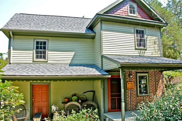 Accent your Homes Exterior with Staggered Shingles - Image 2